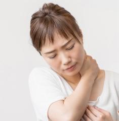 首の痛み写真
